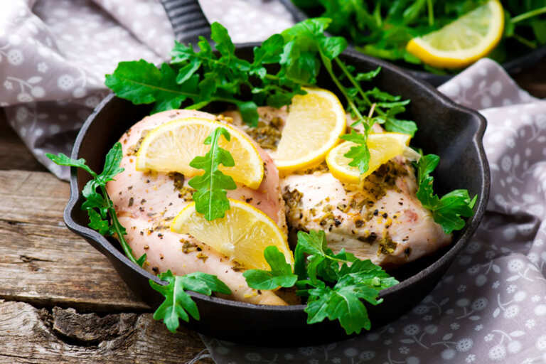 A Healthy and Delicious Lunchtime Dinner With Lemon and Herb Roasted Chicken